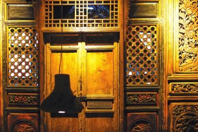 兰州民俗艺术馆:重拾情怀和感动  昔日古老物件暗淡无光 如今民俗文化受到追捧