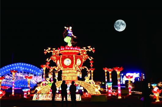 千年敦煌·月牙泉小镇举办戊戌年仲秋拜月会(图)
