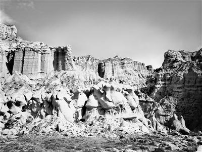 【西部地理】贵德阿什贡七彩峰丛:青藏高原边缘遗落的人间仙境