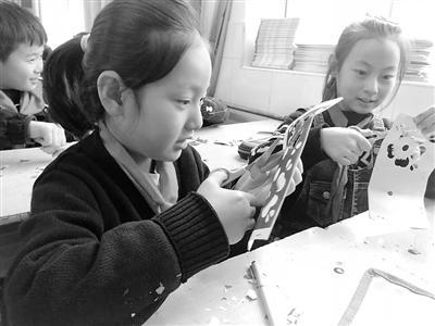 """兰州市""""流动少年宫""""向三县五区中小学校提供校外教育活动支持"""