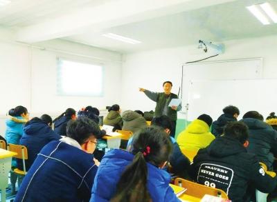 五年义务公益宣讲遍及金昌学校社区 志愿者陈殿嘉:图的是孩子们顺利成长