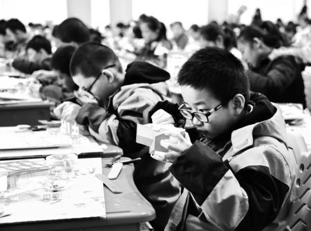 甘肃省青少年建筑模型和车辆模型教育竞赛举行(图)