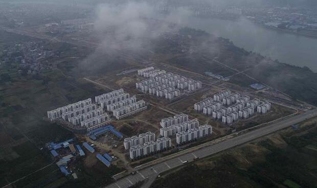 """广西融安:兴建""""老乡家园""""安置贫困群众"""
