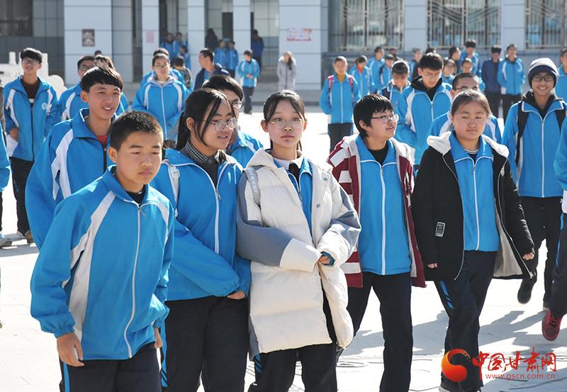 【改革开放40年】甘肃会宁:最漂亮的建筑是学校 最幸福的职业是老师(图)