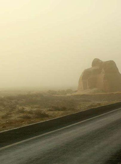 甘肃:沙尘天气席卷河西多地