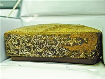 纺织品文物保护国家文物局重点科研基地甘肃工作站挂牌 残破汉唐