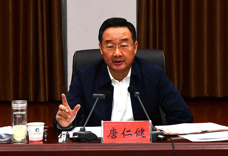 唐仁健:带动贫困群众稳定增收