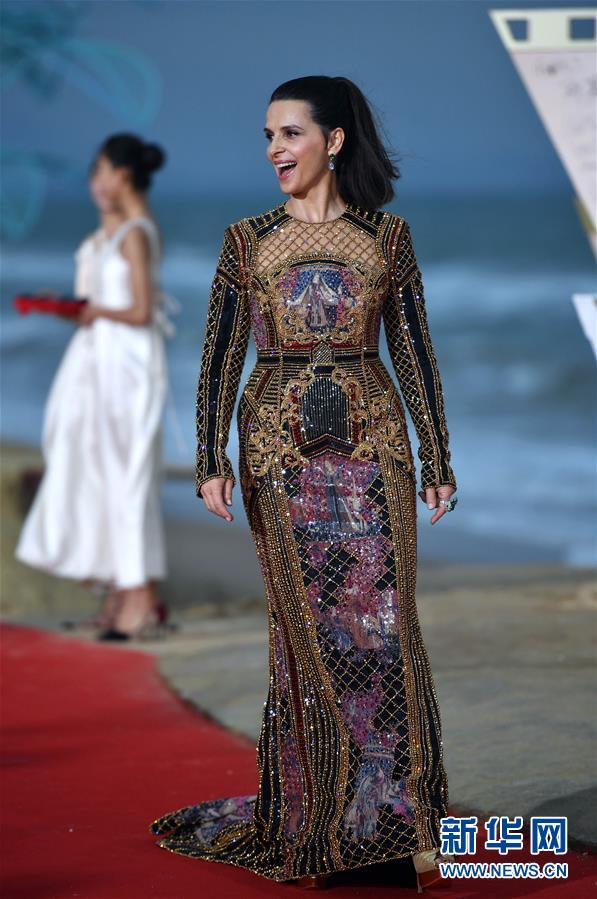 (文化)(1)首届海南岛国际电影节闭幕