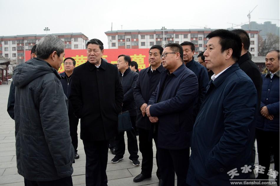 天水市长王军就伏羲庙游客服务中心项目现场办公(图)