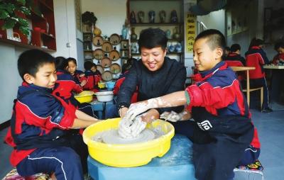 我们的梦想是陶艺进学校——张掖一对90后大学生夫妻的创业路