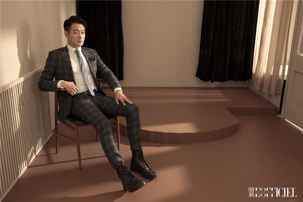 佟大为登杂志开年封面 时髦绅士变雅痞浪子