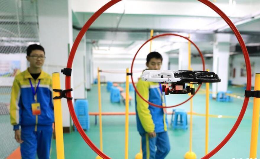 河北石家庄:科技运动会感受科技魅力