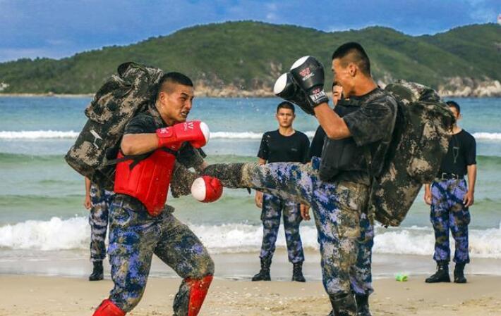锻造特种作战的利刃尖刀——海军陆战队某旅侦察营锤炼胜战精兵记事