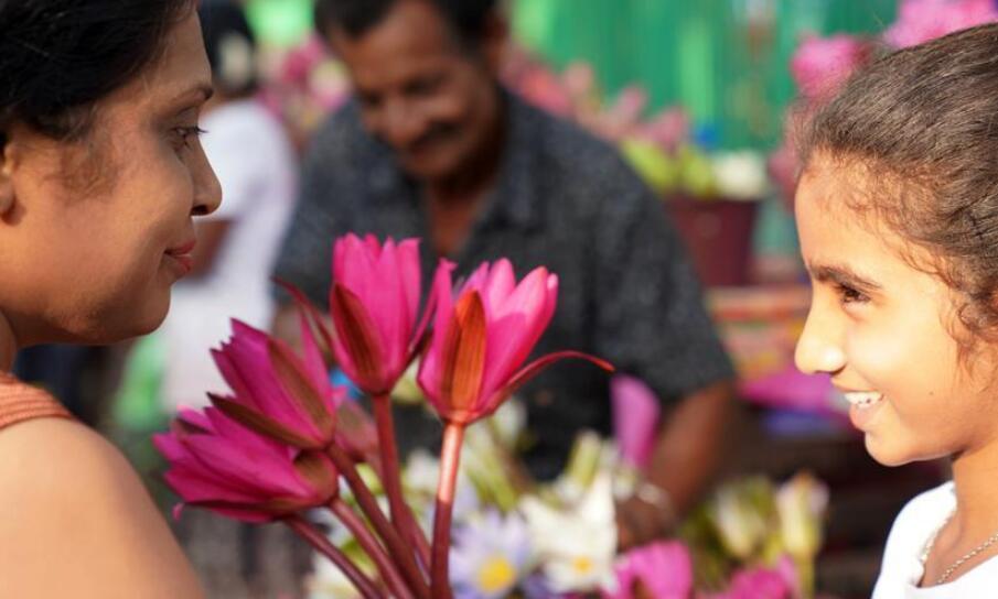 科伦坡:新年伊始 鲜花祈福