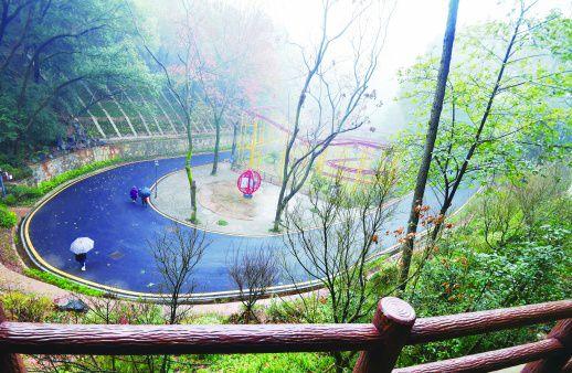 湖南长沙南郊公园换新颜国产恐怖片