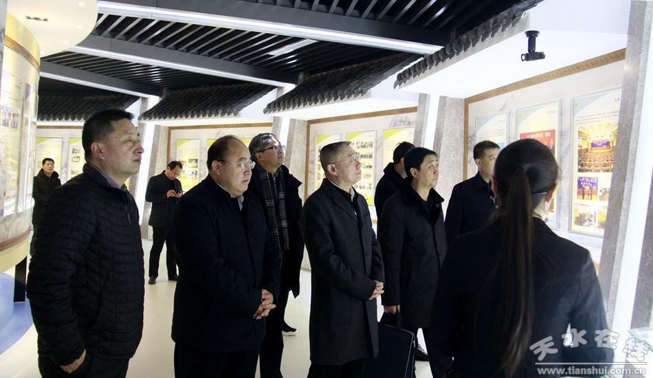 天水市委书记王锐率团赴西安考察教育和文化旅游工作(图)