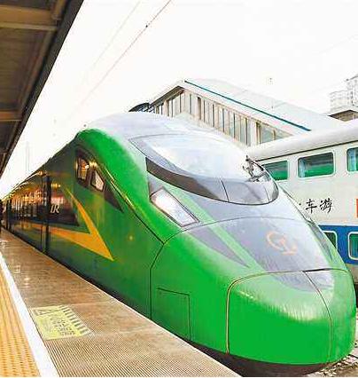 兰渝铁路时速160公里动车组正式开行