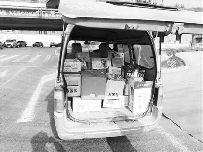 兰州安宁交警1小时查处5起客货混载违法行为