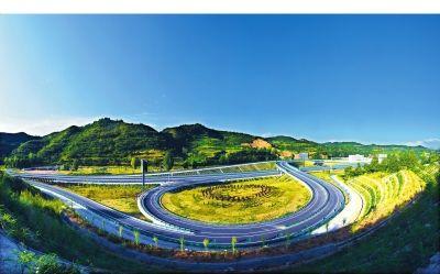 【甘肃省改革开放40周年图片展】巨变的陇原交通