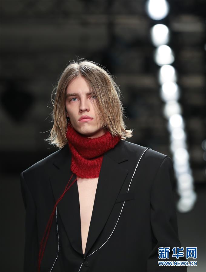 (国际)(2)Isabel Benenato品牌发布秋冬时装新品