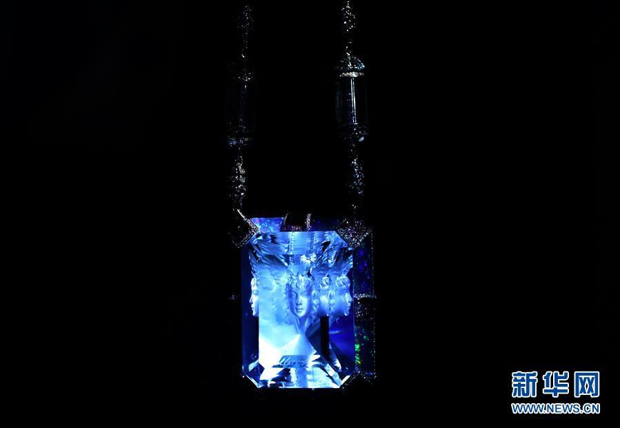 """(图文互动)(2)陈世英:从""""天台学校""""走出的国际珠宝艺术家"""