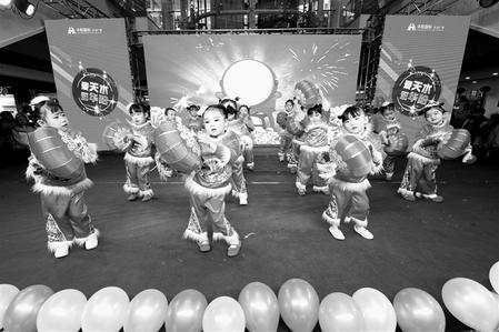 天水市麦积区渭北幼儿园举行新年联欢会 喜迎2019到来