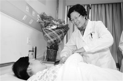 【我和我的祖国】穆荣肖:医者父母心