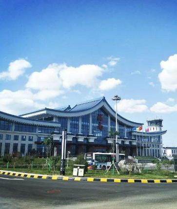 陇南至广州航线正式开通