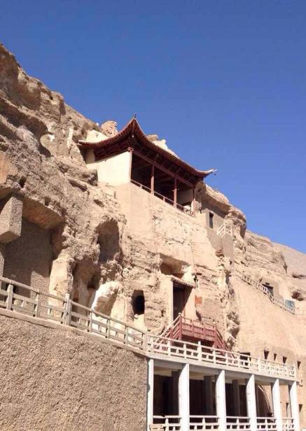 莫高窟12件珍贵文物保护修复工作完成