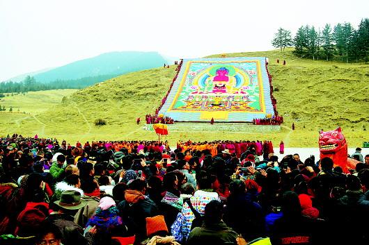 甘南夏河拉卜楞寺举行正月瞻佛节
