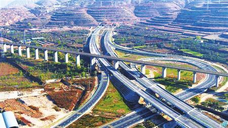 筑造民心路 玉带绕金城——写在兰州南绕城高速公路全线通车之际(图)