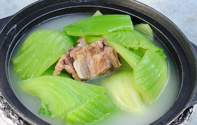 煲淋大芥菜清肠胃