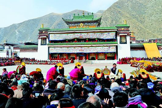 甘南:农历正月十四的法舞,是拉卜楞寺正月祈
