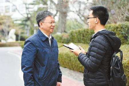 【喜迎全国两会】严纯华委员:继续为教育发展建言献策
