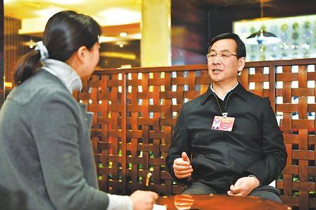 【喜迎天下两会】宁崇瑞委员:为中国甘肃网革新生长建言献策