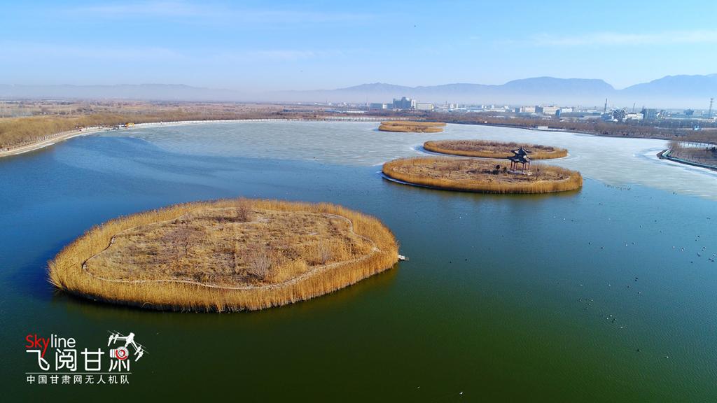 """6万亩,被誉为张掖城市的""""加湿器""""和""""加氧器""""."""