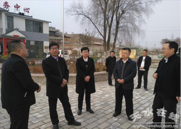 甘肃省文化和旅游厅对村级综合性文化服务中心设备进行抽查验收(图)