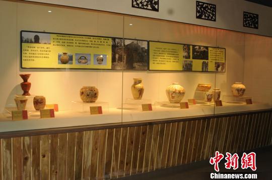 """安徽界首博物馆探索职能创新:""""文物仓库""""变身""""教学课堂"""""""