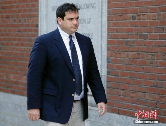 美高校丑闻:斯坦福门生怒告八所名校 控告登科不公