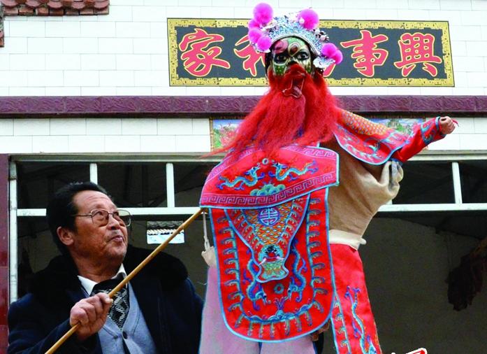天水木偶戏老艺人:五十年的坚持
