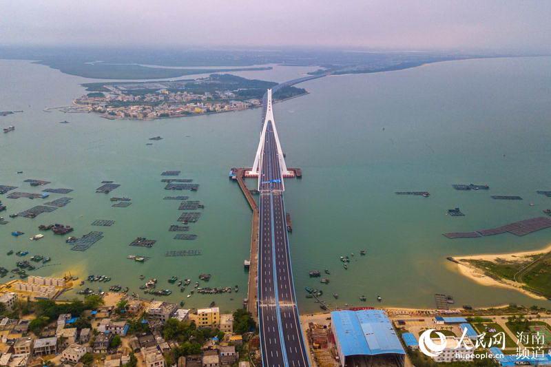俯瞰海文跨海大桥