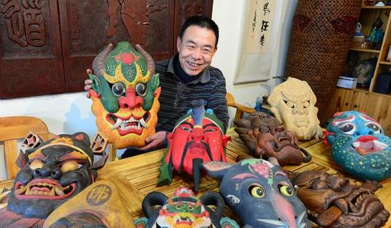 兰州春节文化庙会上军傩舞看过吧 面...