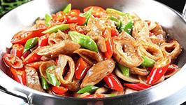 面筋变肥肠:素菜荤做新花样