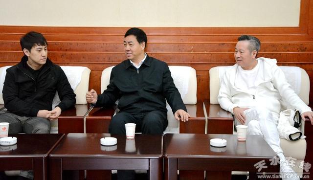 天水市副市长逯克宗会见著名建筑师、上海中心艺术总监米丘一行