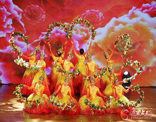 """兰州新区喜迎新中国成立70周年首场惠民文艺演出""""乾元之春""""盛大启幕(图)"""