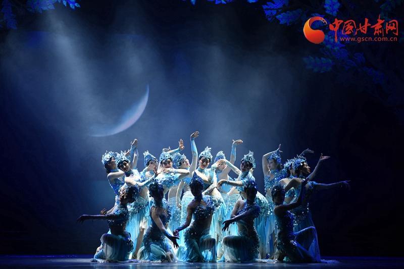 2018年5月12日甘肃省歌剧院赴临夏开展纪念改革开放40周年城市演出活动