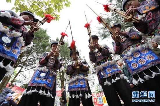 #(感悟非遗)(3)中国侗族大戊梁歌会在湘举行