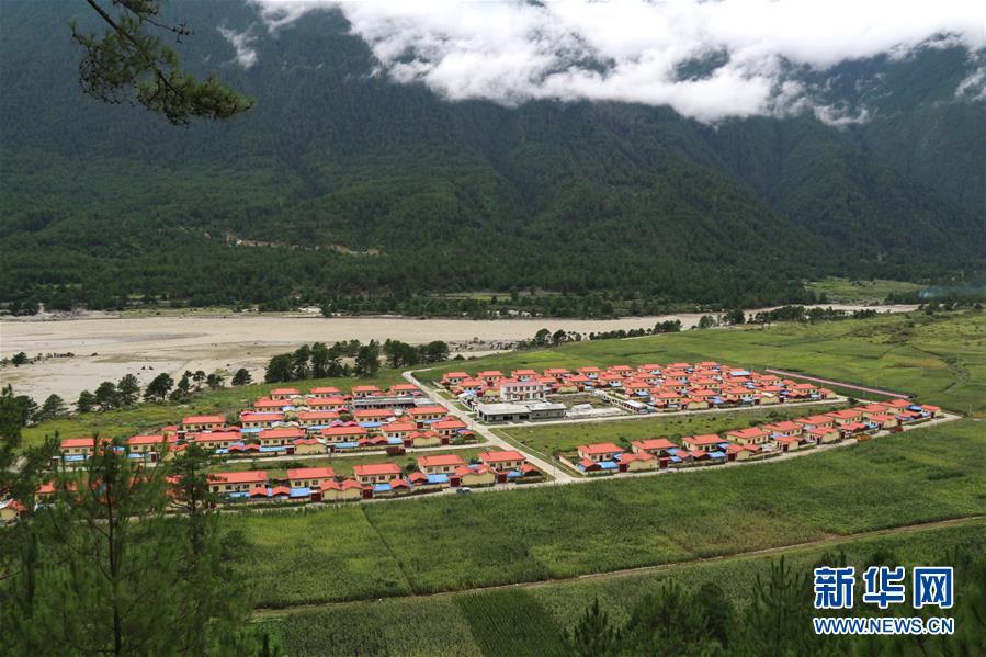 (图文互动)(1)西藏边境村庄布巴的新生