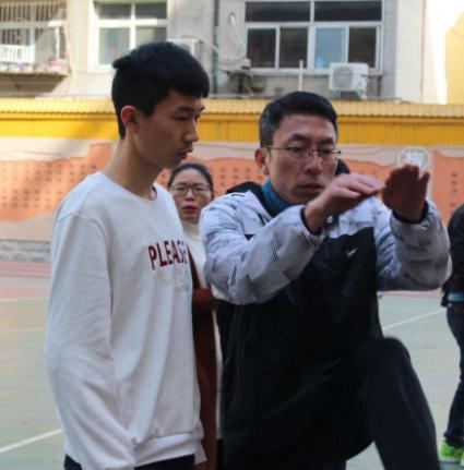 中考生看过来!体育老师教你考试项目如何练