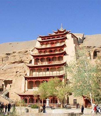 """""""五一""""假期甘肃省文化旅游市场人气爆棚"""